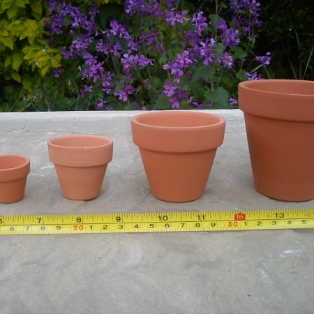 Plant Pots – 2cm to 11cm diameter