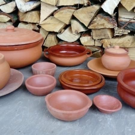 Clay Pots, Plates & Bowls